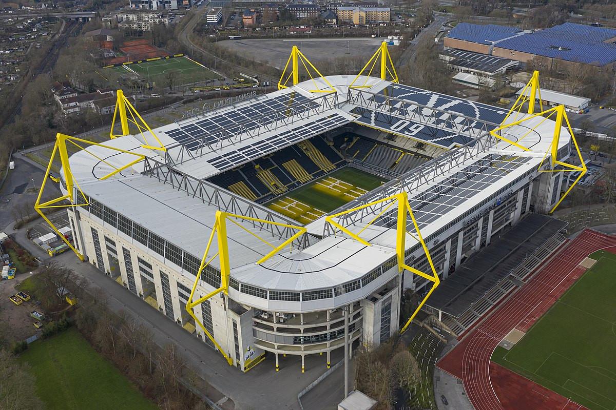 World's top 10 soccer stadiums